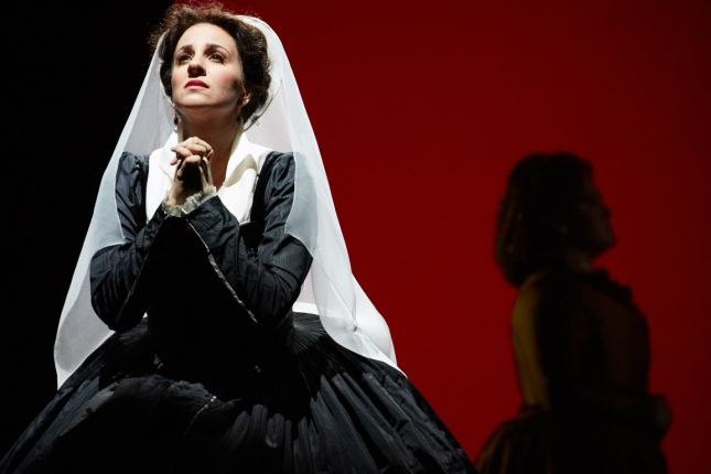 Joyce El-Khoury makes her Seattle Opera debut as the Queen of Scots in Mary Stuart. Philip Newton photo c/o Seattle Opera