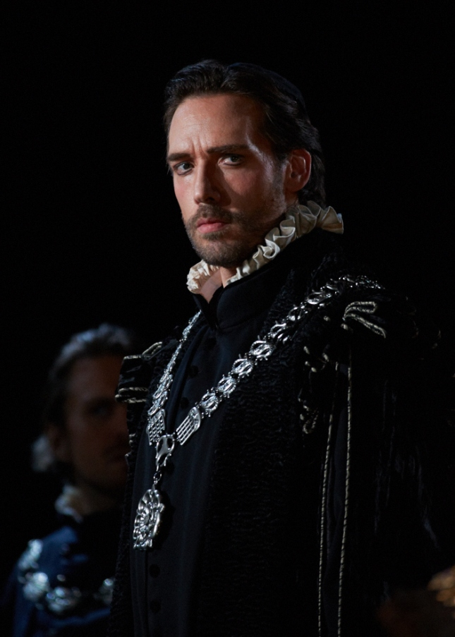 Michael Todd Simpson (Cecil) in Seattle Opera's Mary Stuart. Photo by Philip Newton c/o Seattle Opera