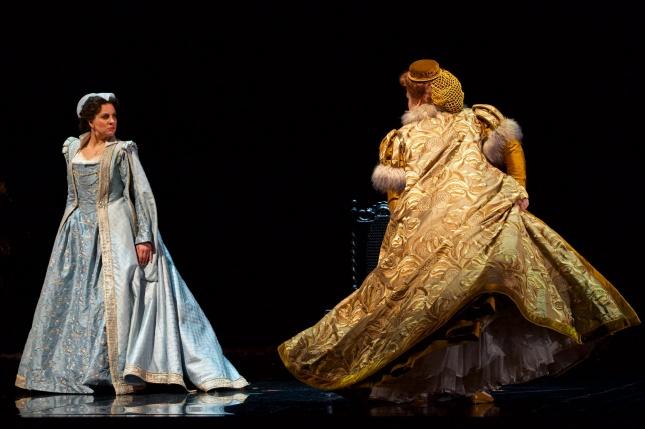 Joyce El-Khoury (Mary Stuart) and Keri Alkema (Elizabeth I). Jacob Lucas photo c/o Seattle Opera